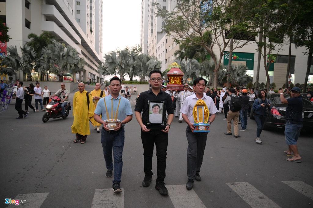 Con trai nghệ sĩ Chánh Tín chưa thể có mặt ở Việt Nam nhìn mặt cha lần cuối - Ảnh 2