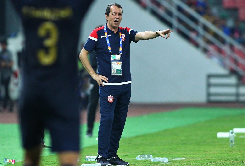 """Thua """"sấp mặt"""" U23 Thái Lan, cầu thủ Bahrain bỏ về, không bắt tay đối thủ - Ảnh 2"""