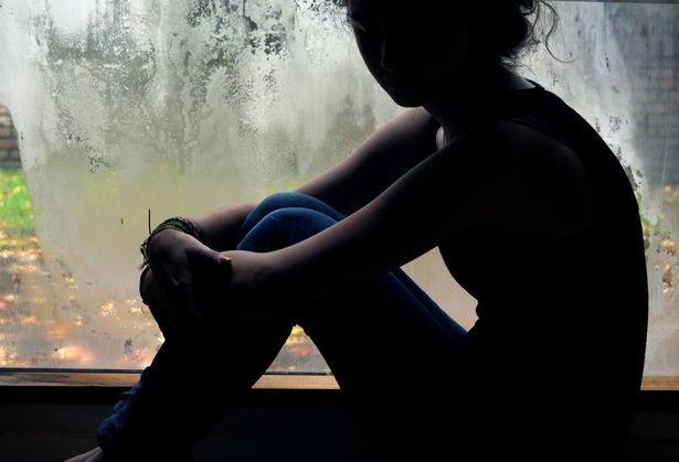 Vụ việc động trời: Bé gái 11 tuổi bị anh ruột cưỡng hiếp đến mang thai, phải sinh non trong bồn tắm - Ảnh 1