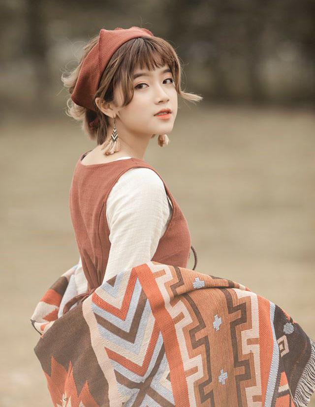 Báo Trung phát sốt về nữ sinh Việt cao 1m52, sở hữu gương mặt ngọt ngào như thiên thần - Ảnh 6