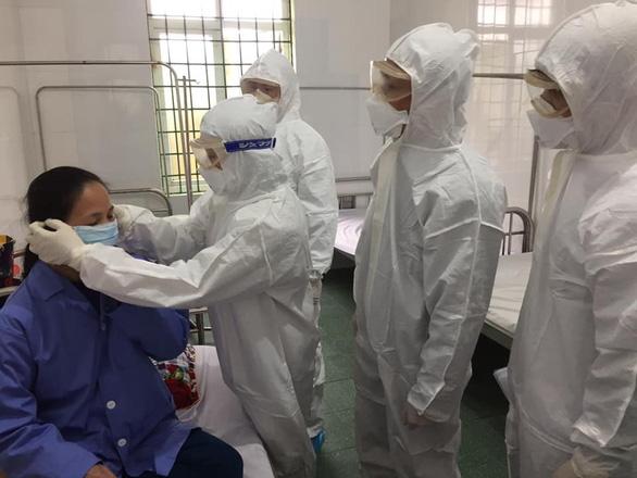 Nữ sinh THPT nhiễm virus corona ở Vĩnh Phúc đã được cách ly theo dõi từ sớm - Ảnh 1