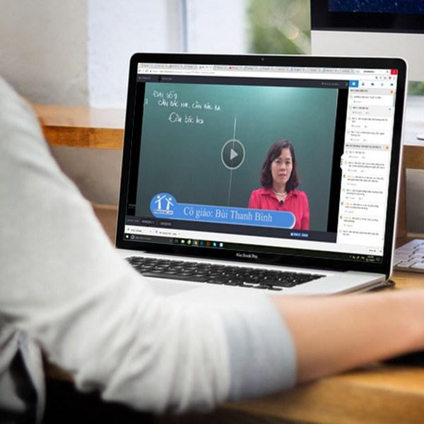 Hà Nội yêu cầu các trường học không được thu bất kỳ khoản phí học online nào của học sinh - Ảnh 1