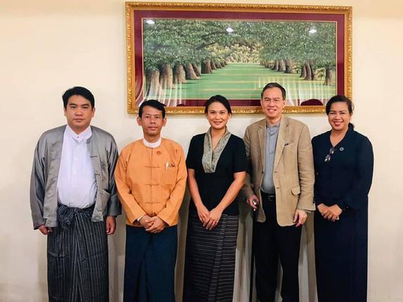 Nữ đại gia Myanmar là vợ của chồng cũ Diva Hồng Nhung có lý lịch khủng như nào? - Ảnh 9