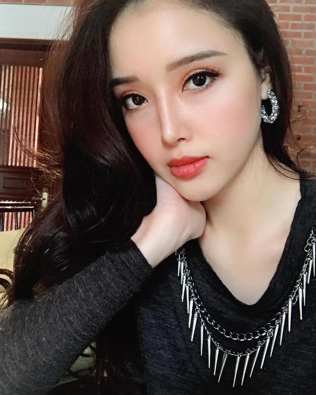 """Lộ diện em gái cao 1m78 của Mai Phương Thuý """"trổ mã"""" ngày càng xinh đẹp lấn át chị - Ảnh 1"""