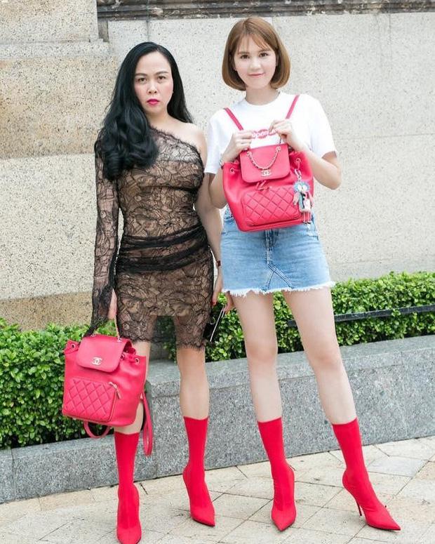 Đăng hình chụp đồ đôi với Ngọc Trinh, Phượng Chanel mất điểm với phong cách xuyên thấu - Ảnh 1