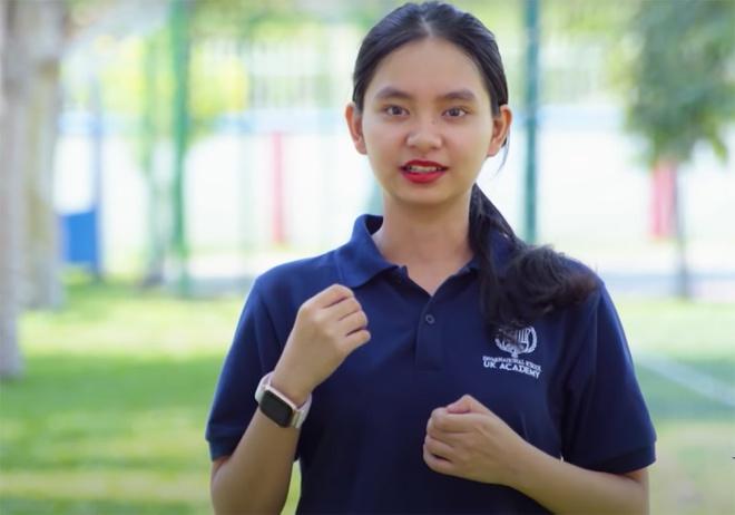 Nhan sắc nữ sinh trường quốc tế học giỏi, hát hay gây sốt trên sóng truyền hình - Ảnh 3