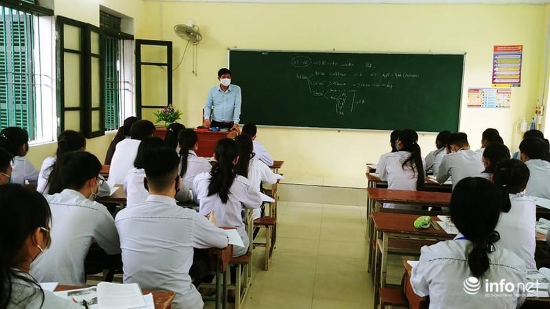 Học sinh Thái Bình, Cà Mau phấn khởi đi học trở lại sau kỳ nghỉ dài chưa từng có - Ảnh 5