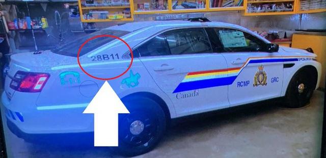 Lái xe cảnh sát rồi xả súng kinh hoàng, ít nhất 13 người chết ở Canada - Ảnh 2