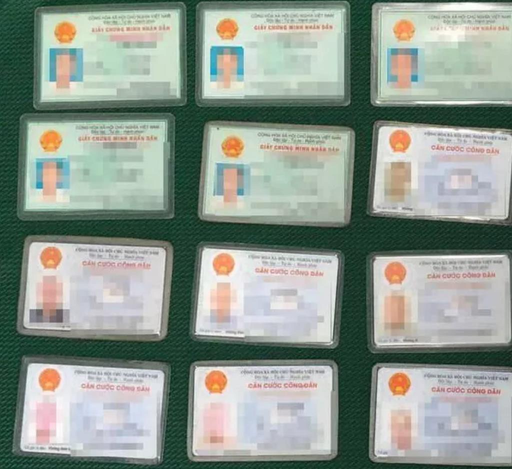Thông tin bất ngờ về gia cảnh cụ ông ăn xin có 12 chứng minh thư và căn cước công dân ở TP.HCM - Ảnh 1