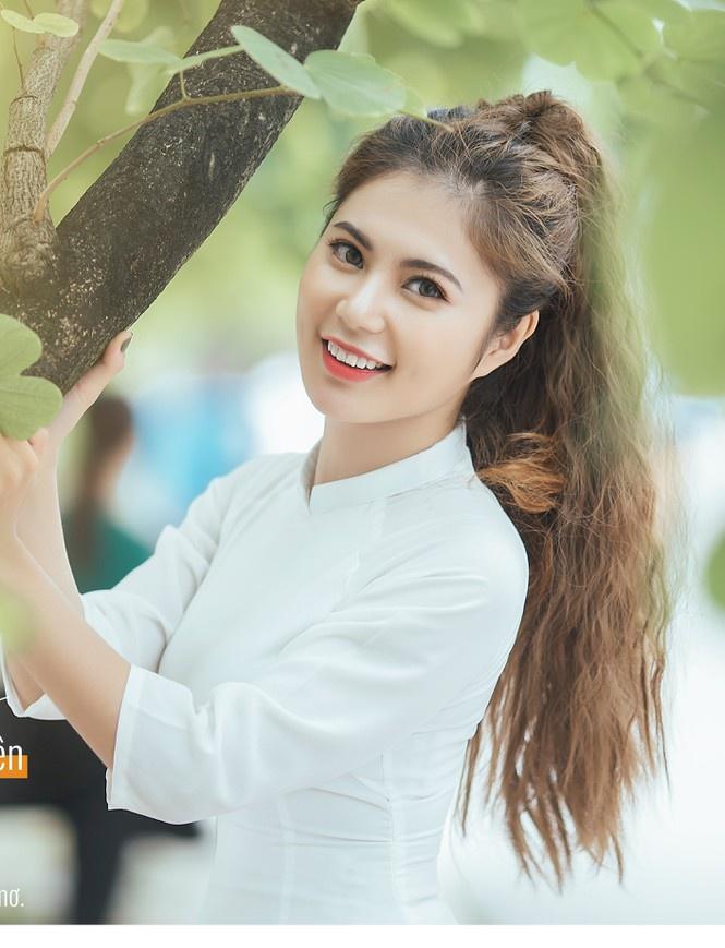 Xuất hiện nàng thơ mới của trường Sư phạm Thái Nguyên vừa xinh gái, học giỏi lại nhiều tài lẻ - Ảnh 1