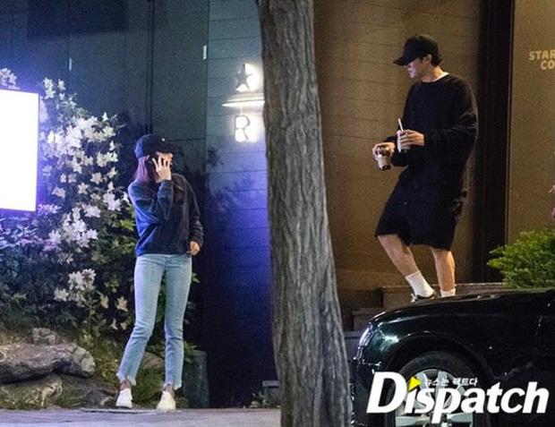 """Ngôi sao """"Giày thuỷ tinh"""" So Ji Sub bất ngờ kết hôn với nữ thần phát thanh viên kém 17 tuổi - Ảnh 3"""
