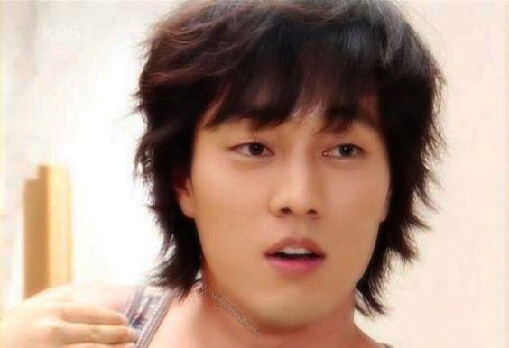 """Ôn lại loạt ảnh thời trẻ của So Ji Sub: Vẻ nam tính, lạnh lùng trở thành """"vũ khí"""" thu hút khán giả - Ảnh 7"""