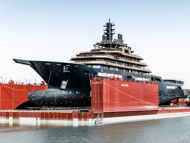 Điều đặc biệt bên trong chiếc du thuyền lớn nhất hành tinh của tỷ phú Na Uy - Ảnh 2