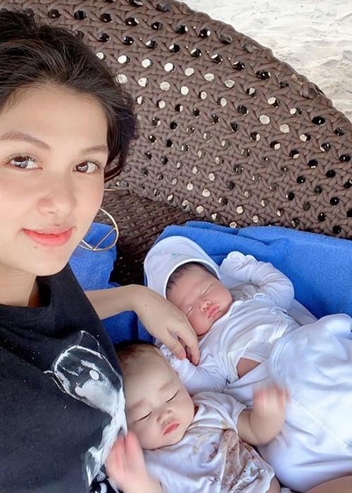 Cuộc sống của hoa hậu đẻ nhiều con nhất showbiz Việt giờ ra sao? - Ảnh 2