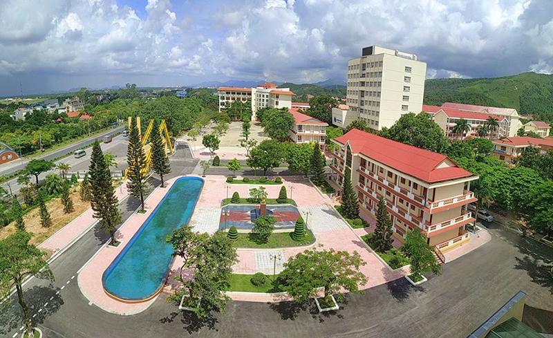 Cận cảnh trường đại học Hạ Long - nơi Chủ tịch tỉnh UBND tỉnh Quảng Ninh kiêm nhiệm hiệu trưởng - Ảnh 8