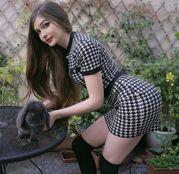 """""""Nữ game thủ xinh nhất nước Nga"""" tiết lộ bí quyết sở hữu con eo kiến và vòng ba khủng - Ảnh 4"""