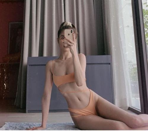"""Ngọc Trinh tung bộ ảnh bikini khoe ba vòng bốc lửa, không chút mỡ thừa """"đốt mắt"""" người nhìn - Ảnh 2"""