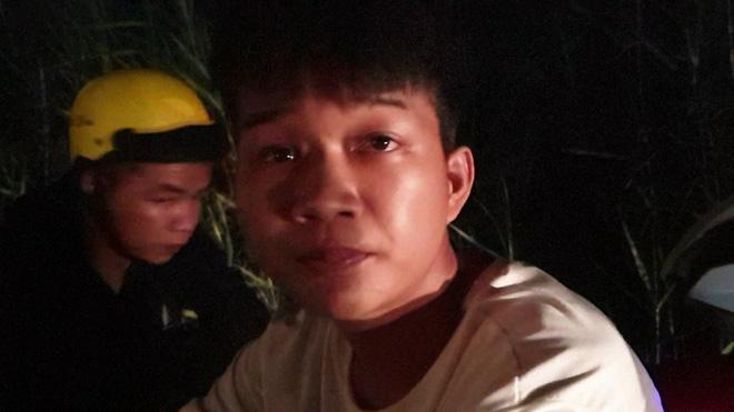"""""""Quái xế"""" tắt đèn xe, tông gãy chân thiếu tá cảnh sát giao thông ở Tiền Giang - Ảnh 1"""