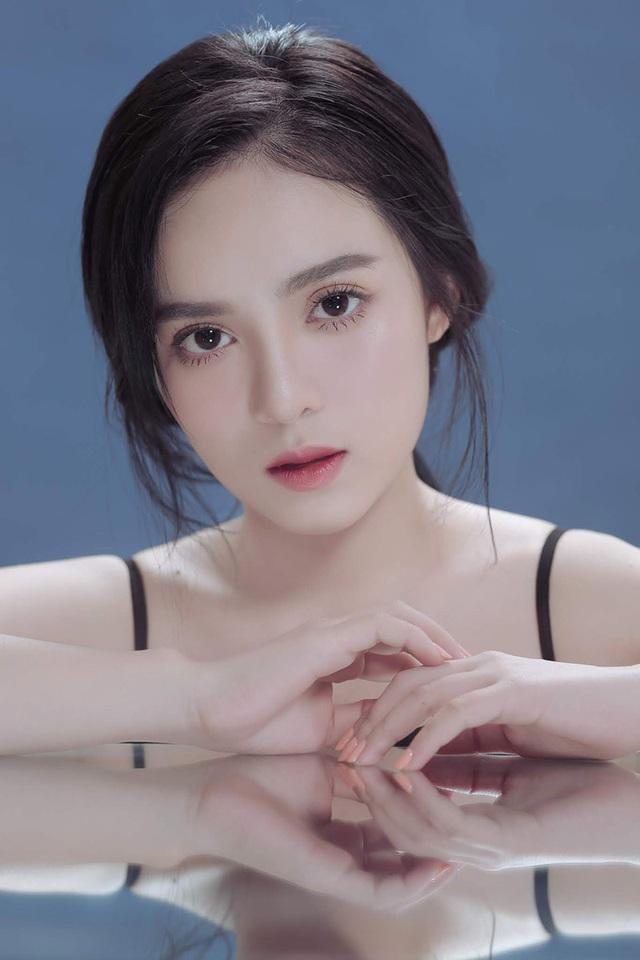 Gương mặt xinh như hoa của nữ MC đài phát thanh truyền hình Tây Ninh gây bão mạng - Ảnh 2