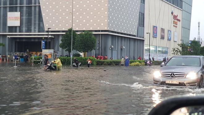 Bão số 1 giật cấp 11, Hà Nội chuẩn bị mưa to, nguy cơ ngập úng cao - Ảnh 2