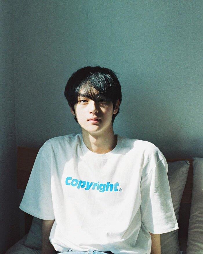 """Nhan sắc """"gây bão"""" toàn châu Á của chàng trai ngồi livestream học bài suốt 7 giờ đồng hồ - Ảnh 5"""