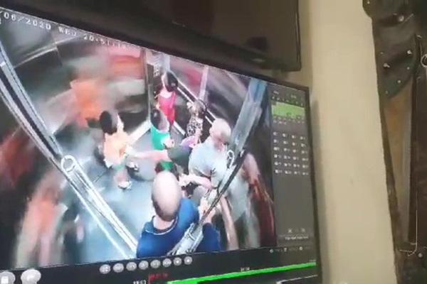 Chủ tịch Hà Nội yêu cầu báo cáo vụ bé trai nghi bị dâm ô trong thang máy chung cư - Ảnh 1