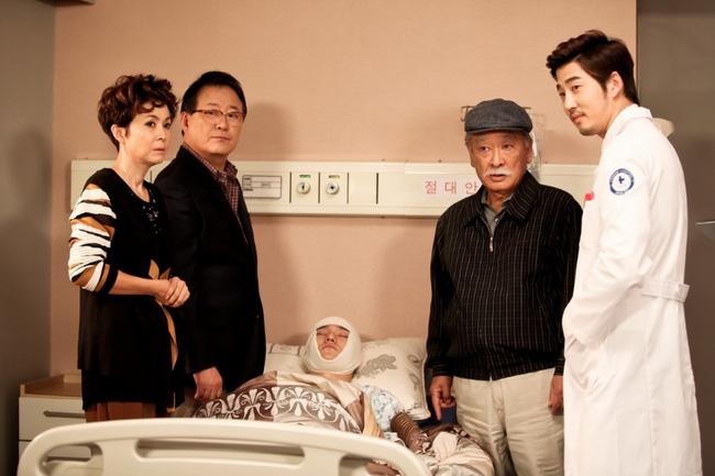 """Những vai diễn để đời của """"Ông nội quốc dân"""" Lee Soon Jae sau 60 năm lăn lộn ngành giải trí - Ảnh 4"""