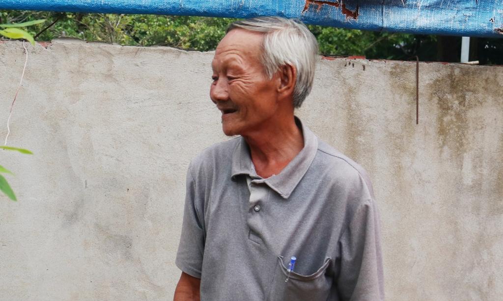 Kỳ lạ người đàn ông ở Cần Thơ 24 năm bị câm, mù bất ngờ nói chuyện và sáng mắt - Ảnh 2