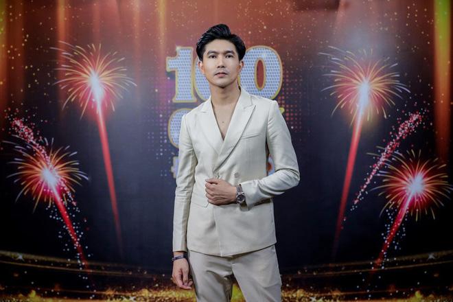 Thông tin đầy bất ngờ về tên thật của MC Quyền Linh và loạt nghệ sĩ Việt có nghệ danh đình đám - Ảnh 5