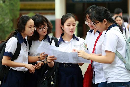 Thi tốt nghiệp THPT 2020: Có nên dùng học bạ để xét tuyển đại học? - Ảnh 1