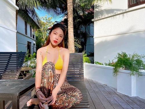 Ngắm nhan sắc cùng gu thời trang khác biệt của nữ cơ phó xinh đẹp nhất Việt Nam lúc ngoài buồng lái - Ảnh 7