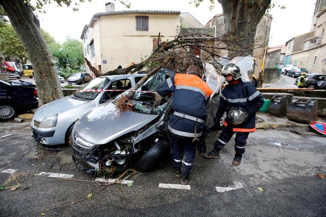 Lũ quét tồi tệ nhất trong hơn 100 năm tại Pháp, ít nhất 13 người thiệt mạng - Ảnh 8