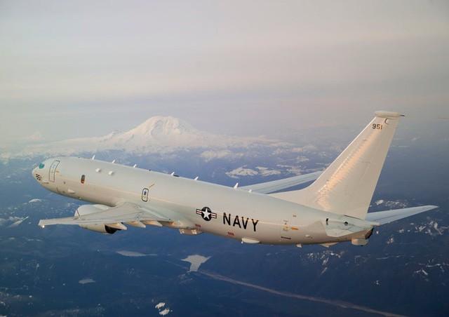 """Nga """"tố"""" Mỹ điều khiển 13 UAV tấn công căn cứ quân sự của Nga tại Syria - Ảnh 1"""