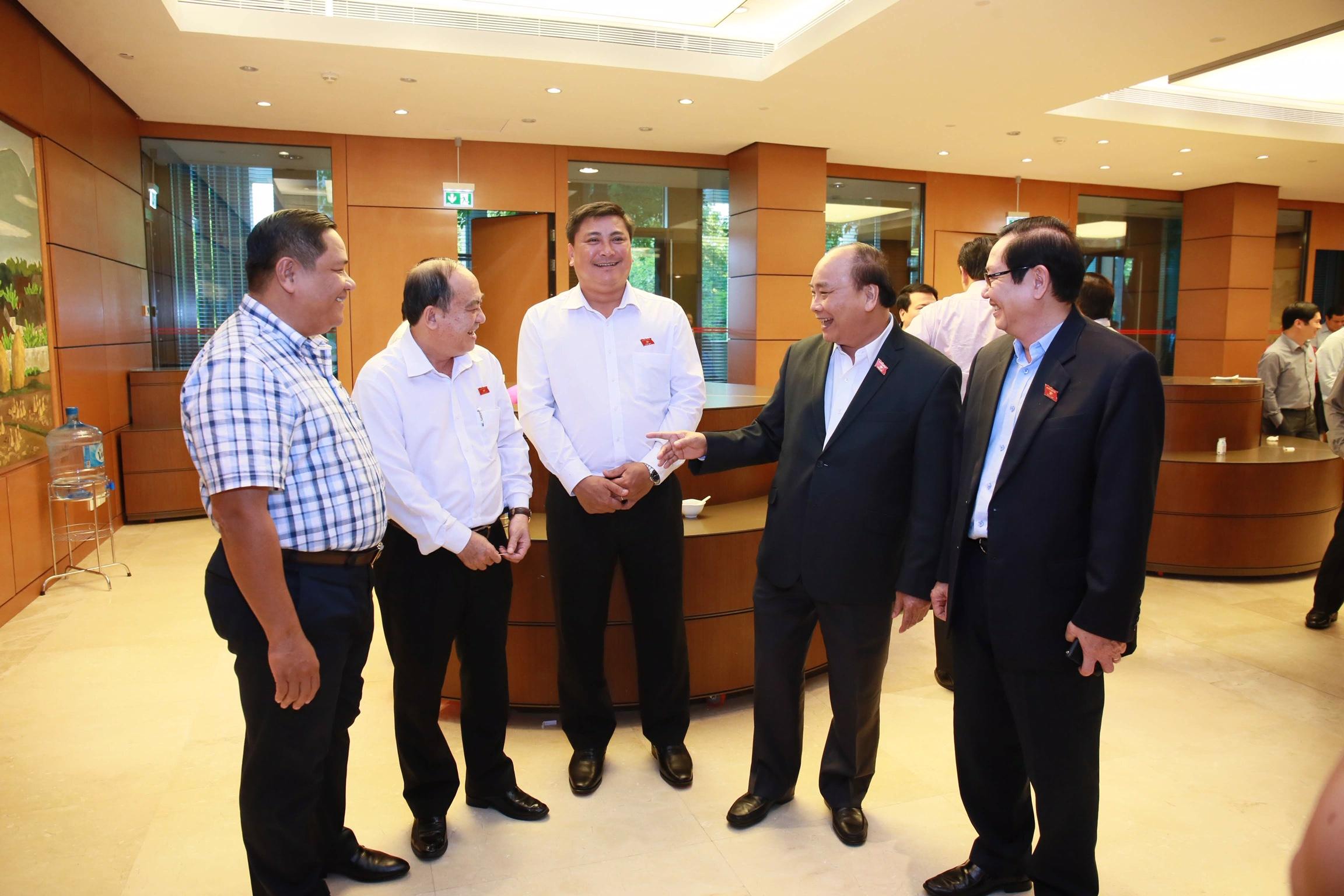 Thủ tướng Nguyễn Xuân Phúc trả lời chất vấn - Ảnh 3