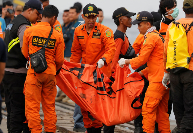 Video: Những phút cuối của hành khách trên chuyến bay Lion Air gặp nạn - Ảnh 1