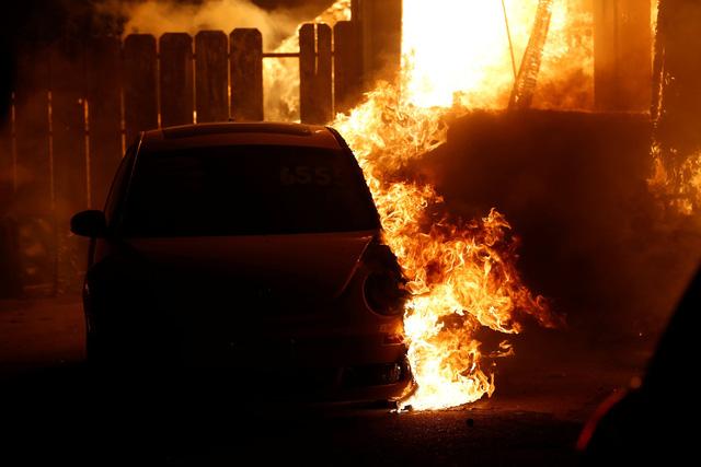 Cháy rừng như tận thế tại Mỹ: Một thị trấn bị thiêu rụi, ít nhất 5 người thiệt mạng - Ảnh 7