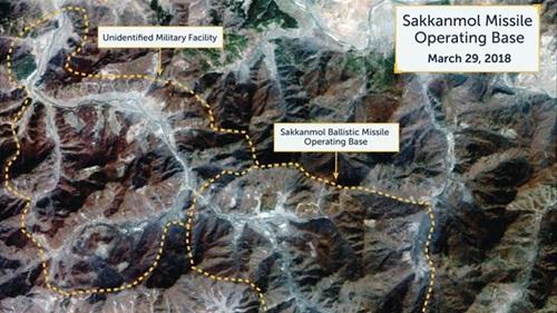 Triều Tiên bị tố sở hữu 20 căn cứ bí mật có khả năng phóng tên lửa hạt nhân tới Mỹ - Ảnh 1