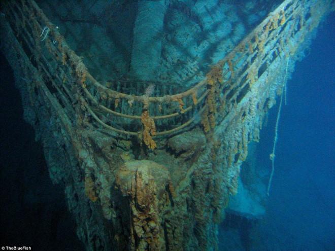 Xác tàu Titanic được cựu sĩ quan tình báo hải quân Mỹ tìm thấy như thế nào?  - Ảnh 3