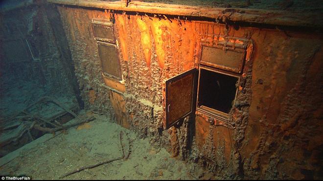 Xác tàu Titanic được cựu sĩ quan tình báo hải quân Mỹ tìm thấy như thế nào?  - Ảnh 4