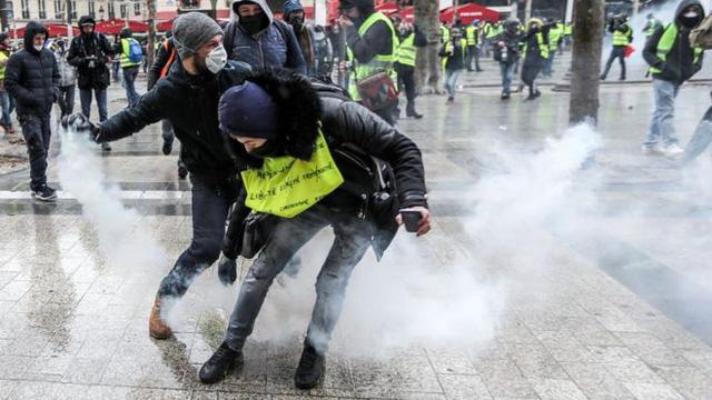 """Thủ tướng Pháp thừa nhận sai lầm trong việc ứng phó với phong trào """"Áo vàng"""" - Ảnh 1"""