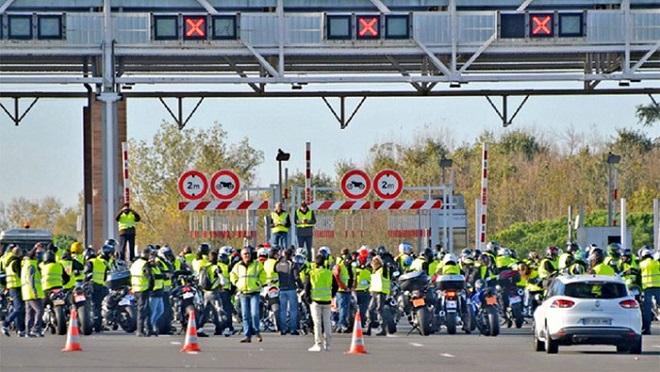 Chính phủ Pháp đau đầu vì lực lượng cảnh sát cũng đe dọa đình công, xuống đường biểu tình - Ảnh 5