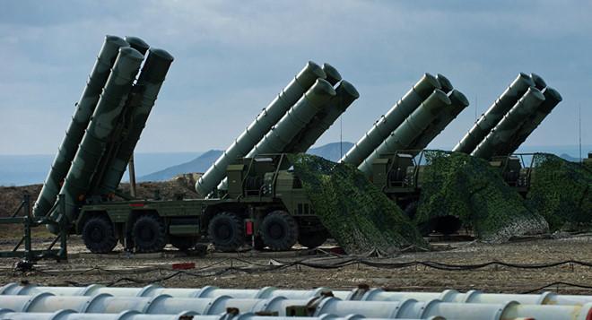 """Nga tuyên bố hoàn thành việc triển khai """"rồng lửa"""" S-400 tại Crimea - Ảnh 1"""