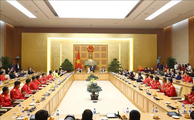 Thủ tướng trao thưởng cho đội tuyển Việt Nam vô địch AFF Suzuki Cup 2018 - Ảnh 3