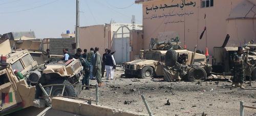 Afghanistan: Đánh bom xe buýt, ít nhất 36 người thương vong - Ảnh 2