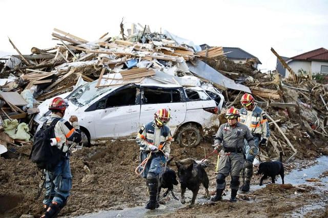 Trận mưa lũ lịch sử đã tàn phá Nhật Bản khủng khiếp tới mức nào? - Ảnh 15