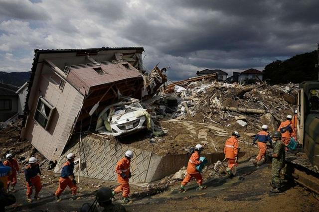 Trận mưa lũ lịch sử đã tàn phá Nhật Bản khủng khiếp tới mức nào? - Ảnh 16