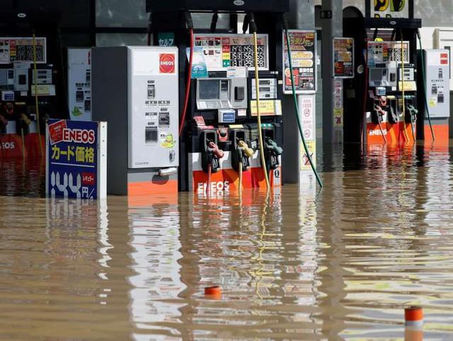 Trận mưa lũ lịch sử đã tàn phá Nhật Bản khủng khiếp tới mức nào? - Ảnh 5