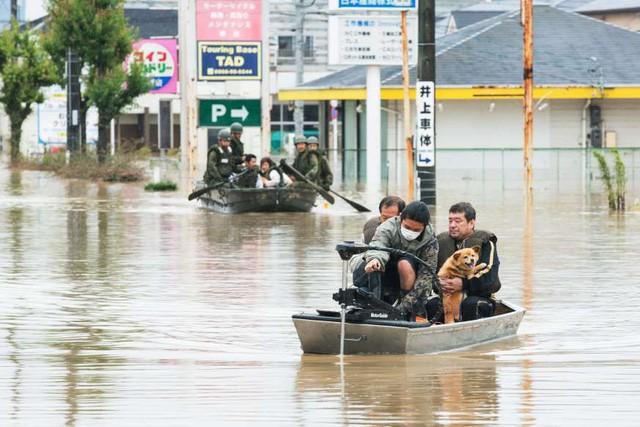 Trận mưa lũ lịch sử đã tàn phá Nhật Bản khủng khiếp tới mức nào? - Ảnh 6