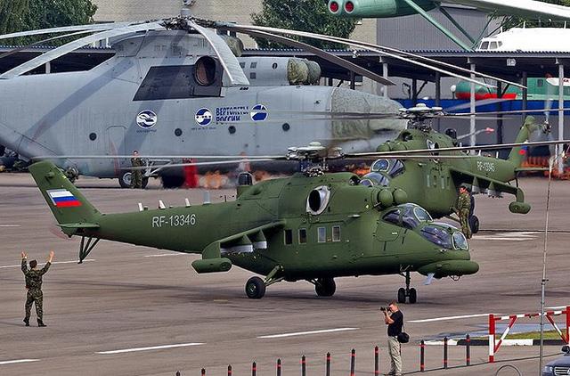 """Chùm ảnh: Chiêm ngưỡng """"cỗ xe tăng bay"""" chuyên chở quan chức cấp cao của Nga - Ảnh 5"""