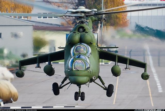 """Chùm ảnh: Chiêm ngưỡng """"cỗ xe tăng bay"""" chuyên chở quan chức cấp cao của Nga - Ảnh 7"""